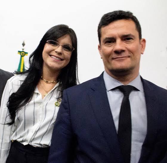 Dayane Pimentel expressa total apoio e confiança em Sergio Moro