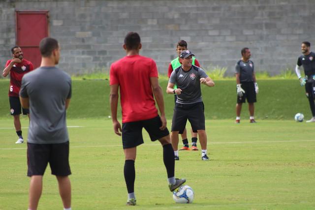 Série B: Vitória encara o Cuiabá nesta terça no Barradão