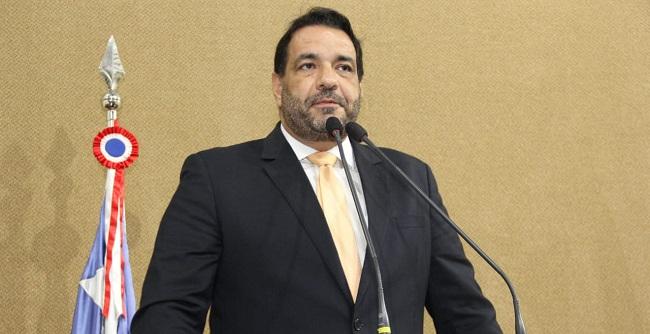 """""""Temos um Caminho de Santiago na Bahia, mas o governo continua a ignorá-lo"""", diz Sanches"""