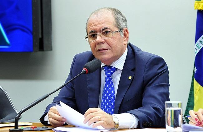 Câmara instala comissão especial da reforma tributária