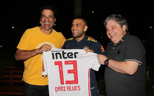 Capitão da Seleção, Daniel Alves vai defender o São Paulo
