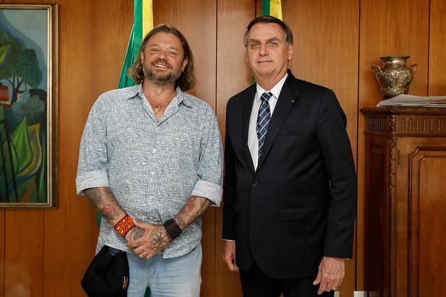 Biólogo Richard Rasmussen recebe título de embaixador do ecoturismo brasileiro