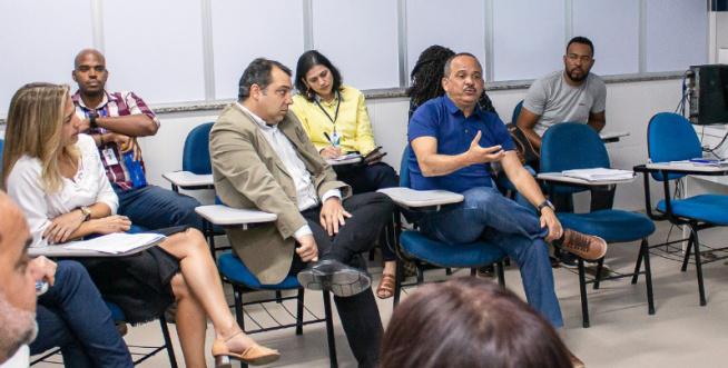 Elinaldo intensifica debate com o Senai sobre qualificação em Camaçari