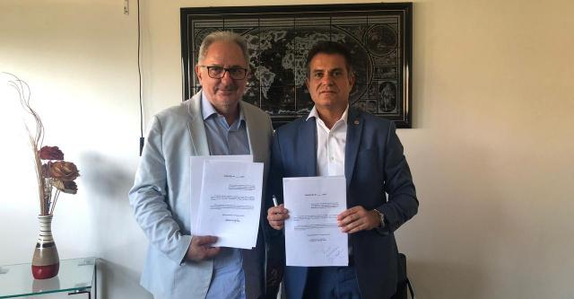 Eduardo Salles indica adoção de cotas regionais nas universidades estaduais e federais da Bahia