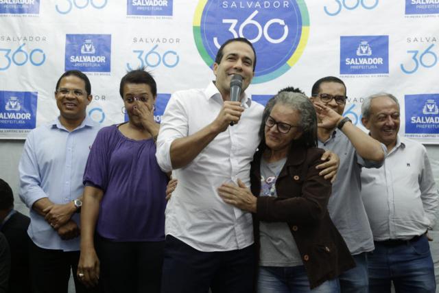 Bruno Reis entrega espaço de lazer requalificado no Alto da Terezinha