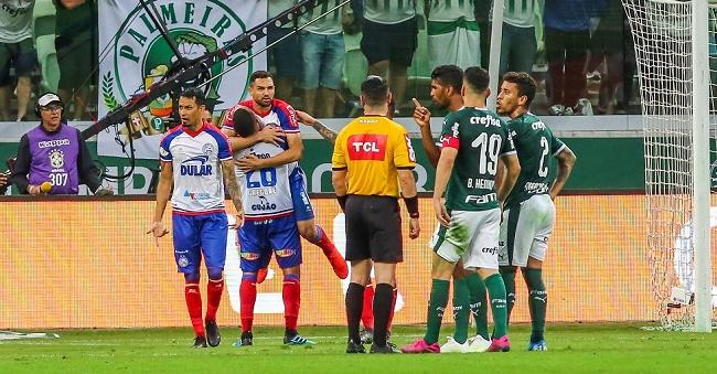 Graças ao VAR, Bahia arranca empate com o Palmeiras em 2 a 2; veja os gols