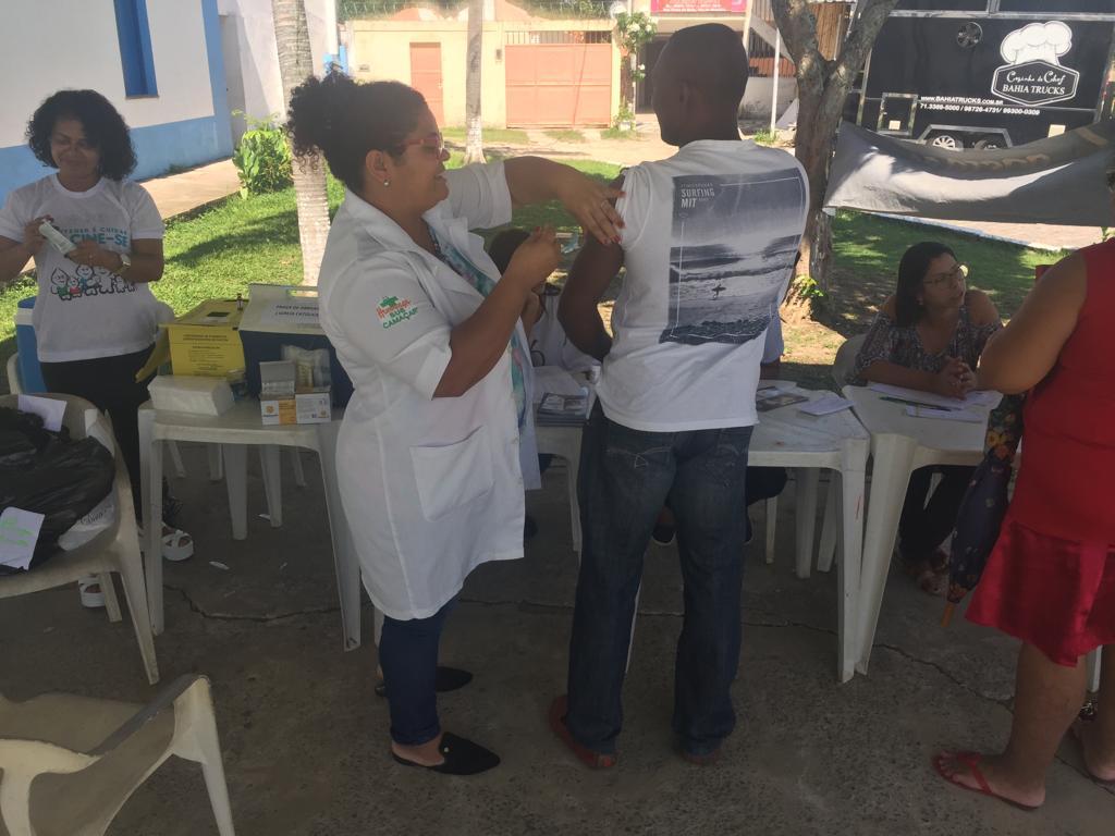 Camaçari vacina 2,5 mil pessoas contra sarampo no fim de semana