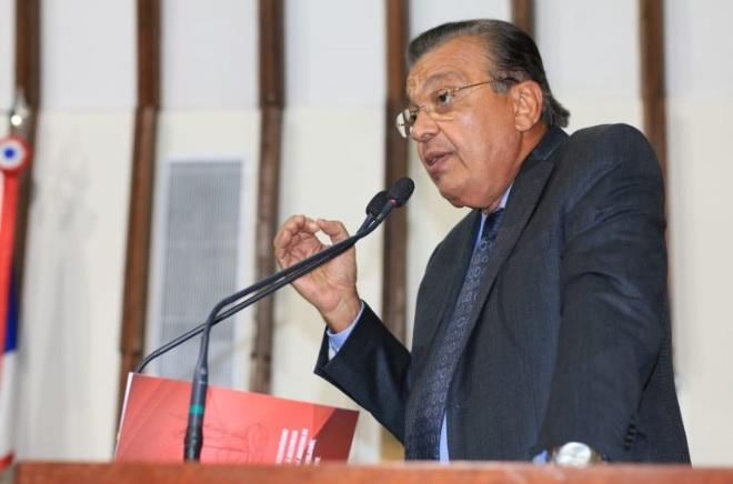 Por 4 votos a 3, TRE-BA absolve Targino Machado
