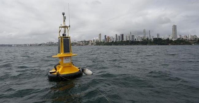 Baía de Todos-os-Santos ganha primeira boia oceanográfica do Norte-Nordeste