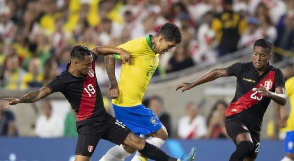 Brasil joga mal e perde amistoso para o Peru por 1 a 0; veja o gol
