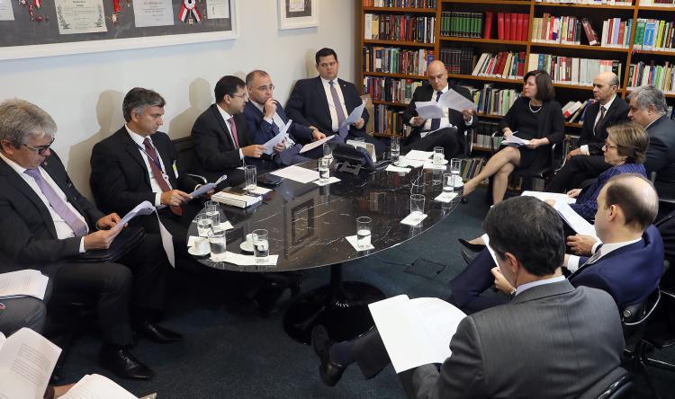 Acordo entre PGR e AGU vai destinar R$ 2,6 bilhões para Educação e Amazônia