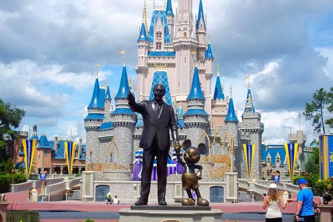 Voos para a Flórida são cancelados e Disney fecha parques devido ao furacão Dorian
