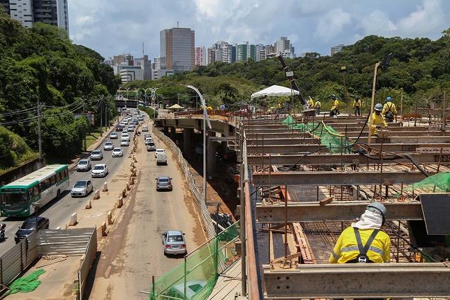 Obras do BRT provocam mudanças na Praça Newton Rique