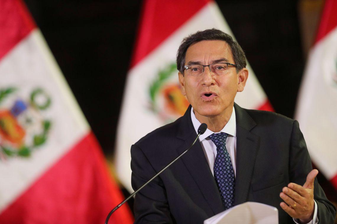 Presidente do Peru dissolve o Congresso e convoca novas eleições