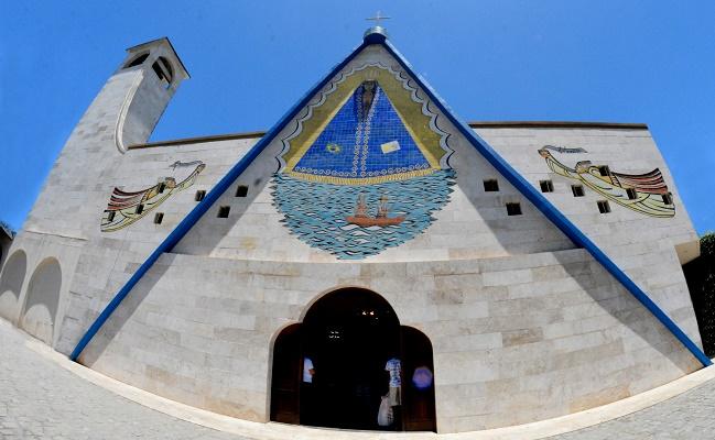 Salvador e Lauro terão missas e procissões em homenagem a Nossa Senhora Aparecida