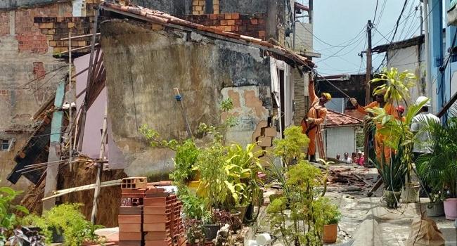 Demolições seguem na Fazenda Grande do Retiro após ruptura de encosta