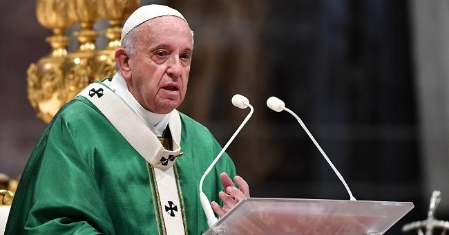 Papa Francisco celebra missa de abertura do Sínodo da Amazônia