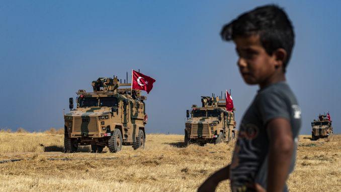 Turquia inicia operação militar no norte da Síria