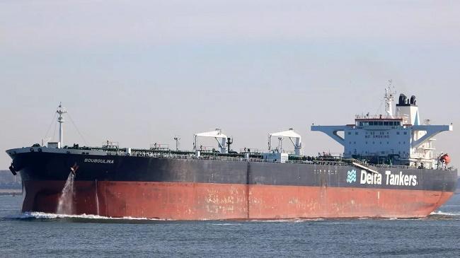 Petroleira grega nega responsabilidade por óleo no Nordeste