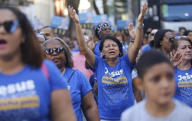 Cristãos tomaram o Centro de Salvador na Marcha para Jesus