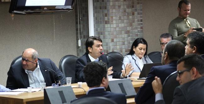 Deputados e produtores rurais pedem adiamento de portaria do Inema sobre hidrômetros