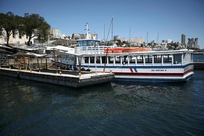 Travessia Salvador-Mar Grande continua suspensa devido ao mau tempo