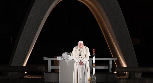 No Japão, papa Francisco pede mundo sem armas nucleares