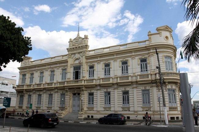 Prefeitura de Feira inscreve para processo seletivo com 211 vagas