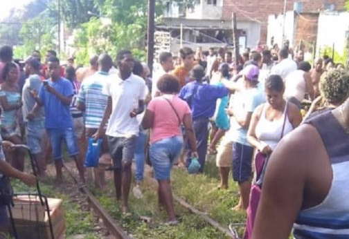 Colisão de trens no Subúrbio de Salvador deixa 47 feridos