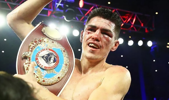 Patrick Teixeira conquista Cinturão dos Médios Ligeiros da Organização Mundial de Boxe