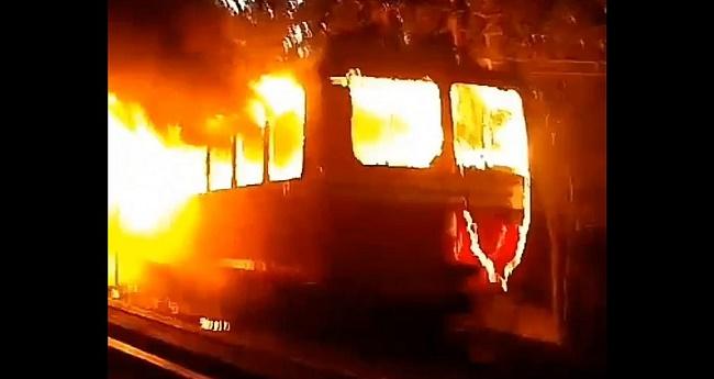 Bondinho do Corcovado pega fogo no Rio de Janeiro