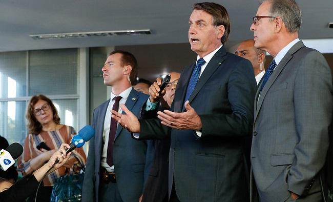 Bolsonaro diz que o Brasil vai manter relações comerciais com o Irã