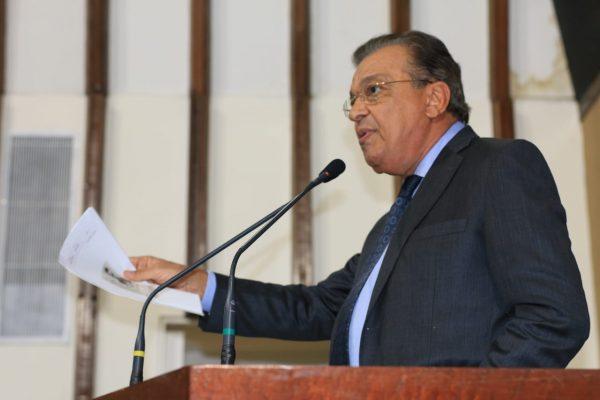"""A insegurança tomou conta da zona rural na Bahia"", critica Targino"