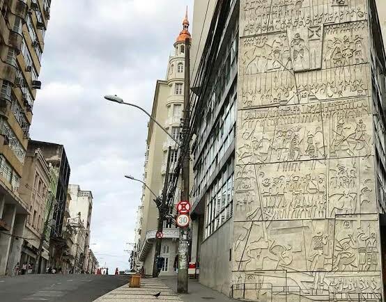 Painéis de Carybé espalhados por Salvador vão se tornar Patrimônio Cultural do Município