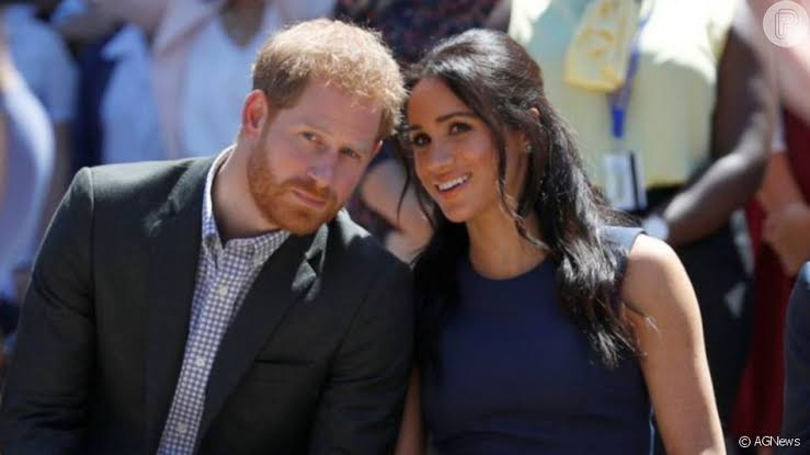 Rainha Elizabeth convoca Harry para reunião com Charles e William