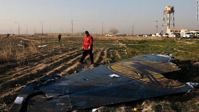 Canadá afirma ter informação de que o Irã derrubou avião ucraniano