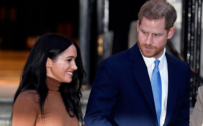 Príncipe Harry diz estar triste por deixar funções na família real