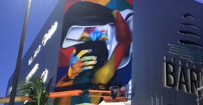 Mural de Santa Dulce dos Pobres é concluído no Shopping Barra