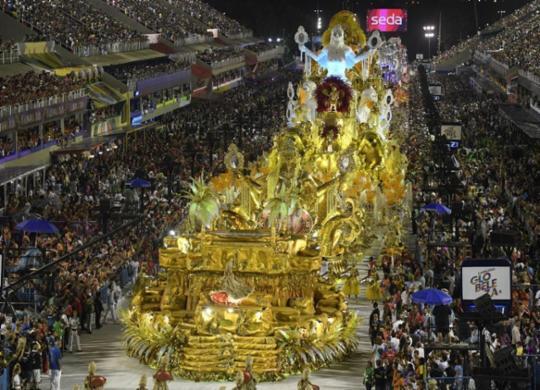 Escolas de samba do RJ decidem adiar desfiles de carnaval em 2021