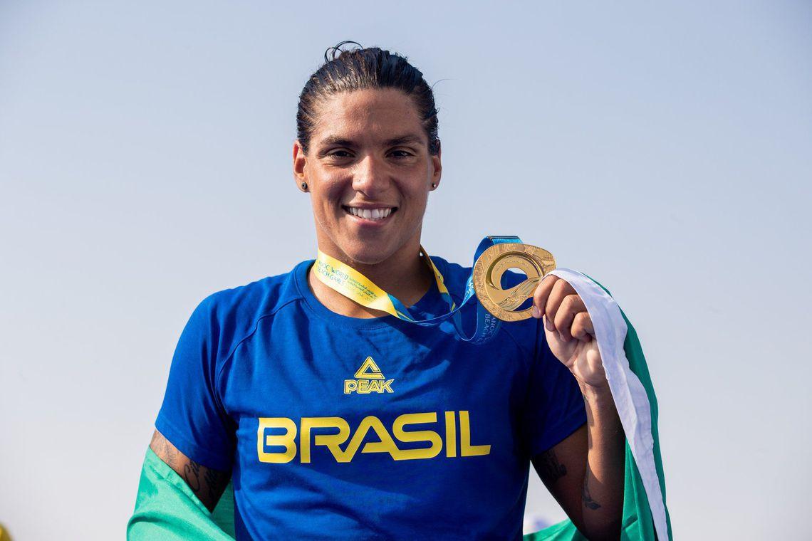 Brasileira Ana Marcela é eleita melhor maratonista aquática do mundo