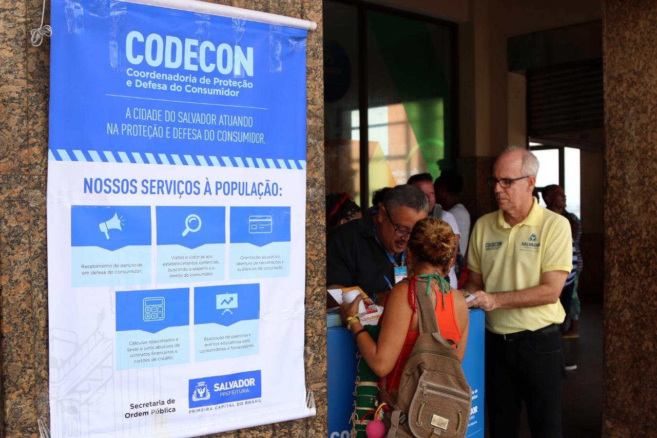 Codecon auxilia consumidores mesmo durante o Carnaval