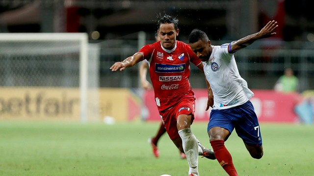 Bahia aplica 3 a 0 no Nacional-PAR pela Sul-Americana; veja os gols