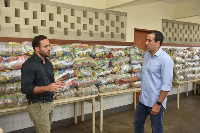 Cestas básicas começam a ser distribuídas para alunos da rede pública de Salvador