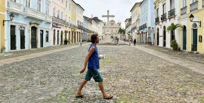 Pessoas em situação de rua terão três mil refeições por dia em Salvador