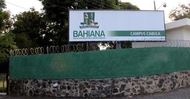 Escola Bahiana de Medicina e três colégios particulares suspendem aulas em Salvador