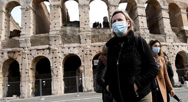 OMS diz que Europa é o novo epicentro da pandemia de coronavírus