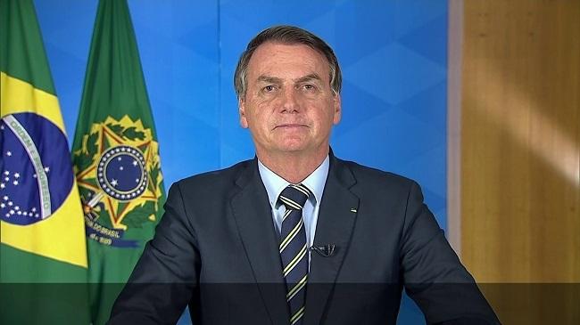 """Em pronunciamento, Bolsonaro pede """"volta à normalidade"""" no Brasil"""