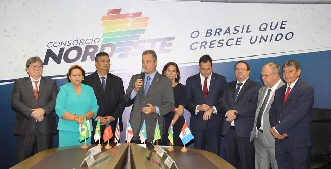 """Governadores do Nordeste enviam ao STF dossiê sobre divulgação de """"fake news"""""""