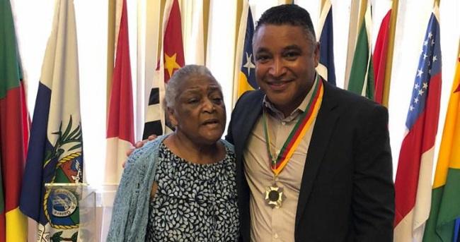 Mãe do técnico do Bahia morre aos 83 anos em Porto Alegre