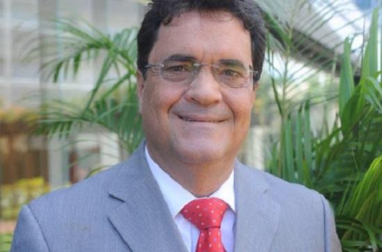 Angelo Almeida assume mandato na ALBA após cassação de Targino
